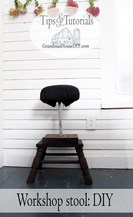 Workshop stool: DIY recycling scrap wood and using galvanized pipe