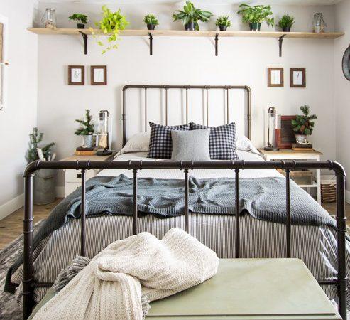 Rustic Winter Guest Bedroom Decor