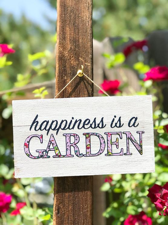 Make an Easy Mini Garden Sign