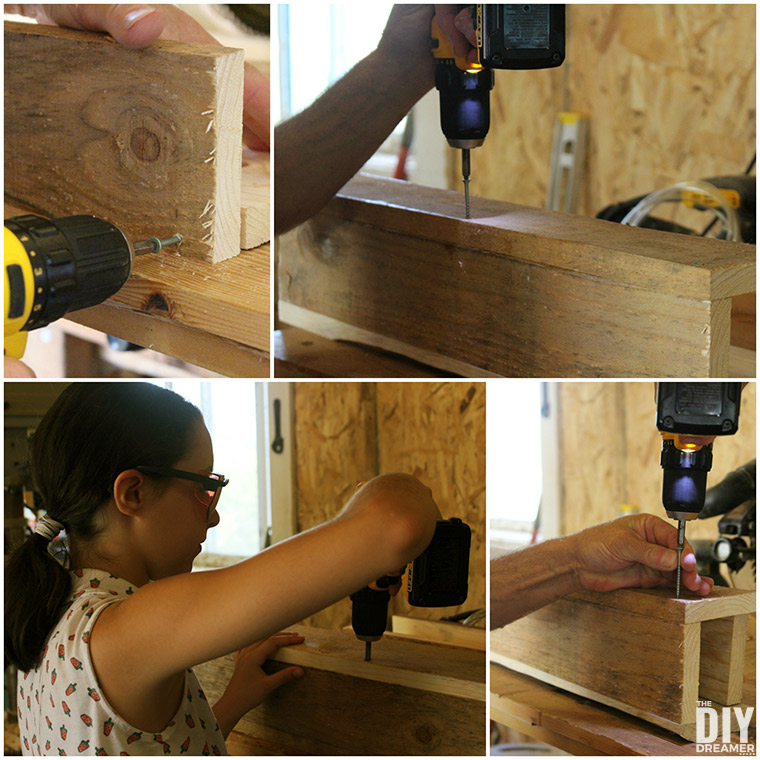 How to assemble the planter box