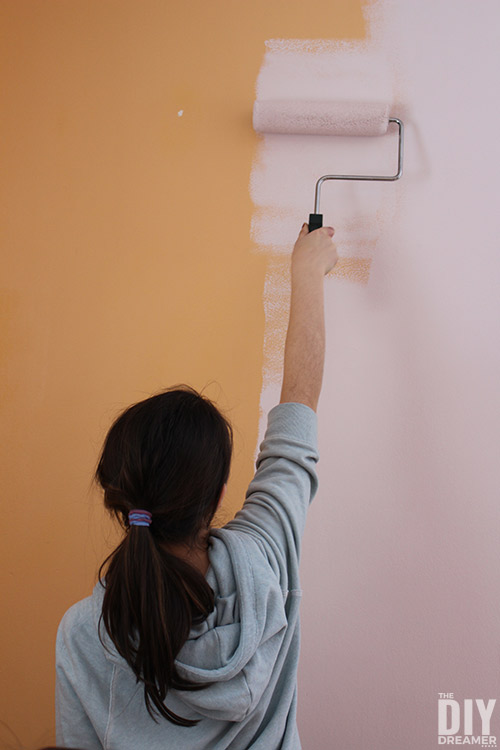 Painting a bedroom light pink