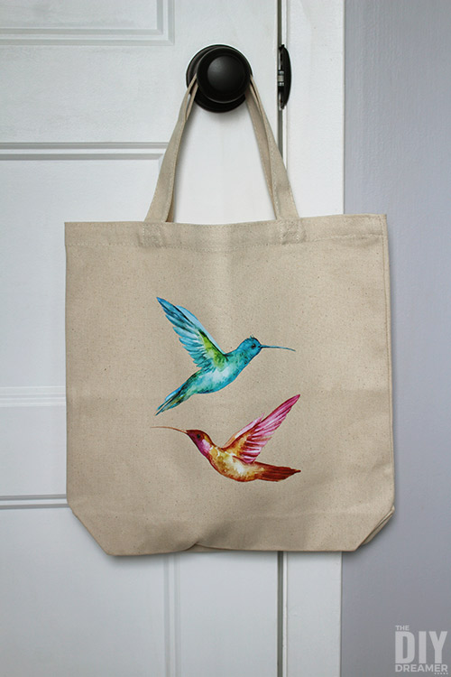How to create custom tote bags. Quick and easy project!