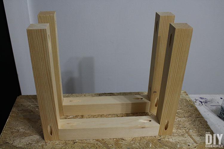 DIY Shelf Legs