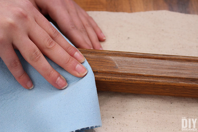 Remove dust from painting surface