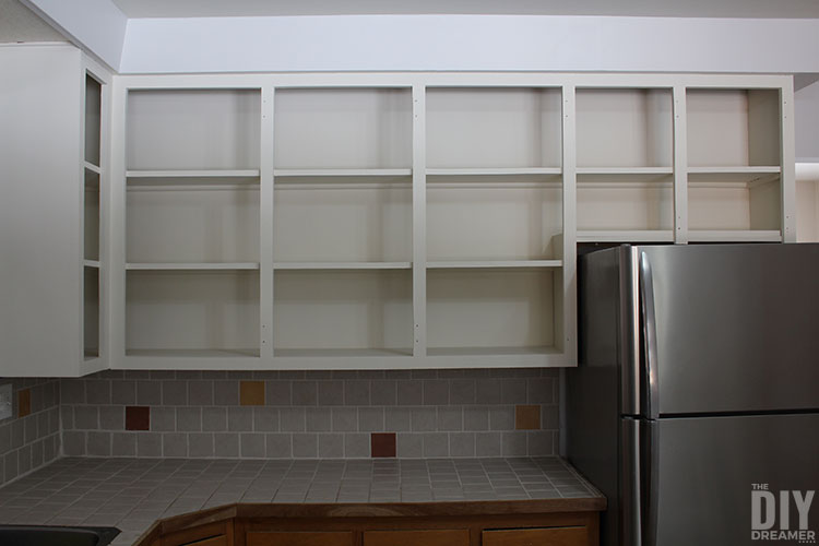 Upper cabinets painted with Fusion Mineral Paint Raw Silk.