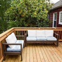 DIY Outdoor Loveseat and Sofa