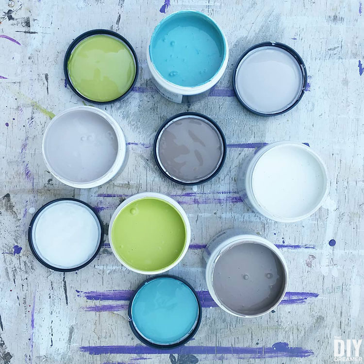 Paint color ideas for barn quilts.