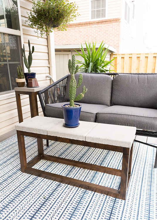 DIY Outdoor Coffee Table With a Concrete Top (the Cheater Version)