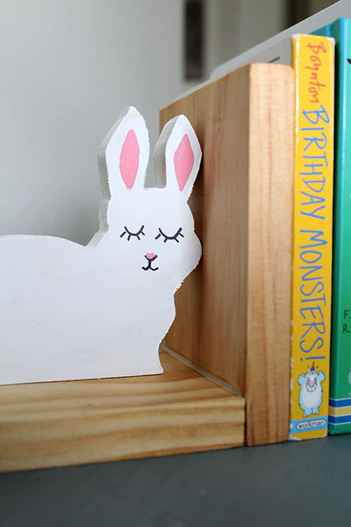 How to Build Wood Bookends | Easy Kids Room DIY Project