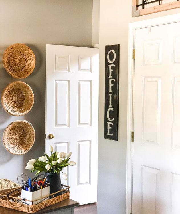Easy DIY Painted Wood Sign
