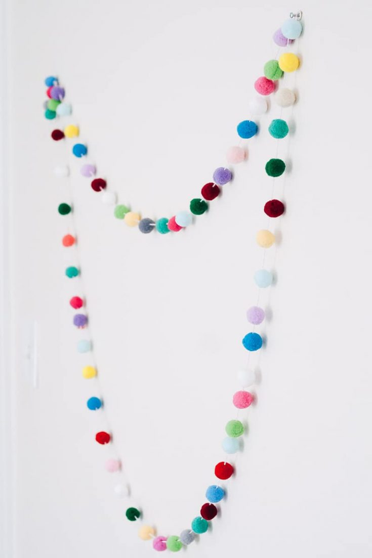 DIY Pom Pom Garland for Your Kid's Rooms and Nurseries